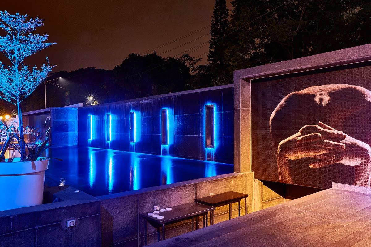 mario_matera_group_parete_piscina_atria_hotel